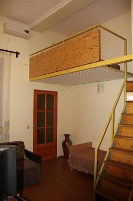 1-комнатная квартира посуточно в Феодосии. ул.Федько, 12. Фото 1