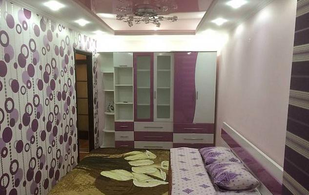 2-комнатная квартира посуточно в Макеевке. пр-т Генерала Данилова, 56. Фото 1