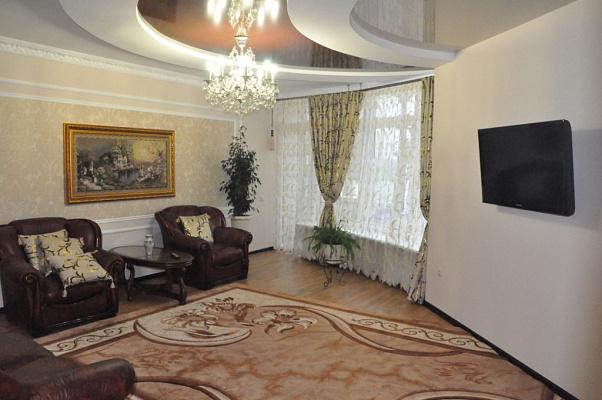 2-комнатная квартира посуточно в Трускавце. ул. Соломии Крушельницкой, 8. Фото 1