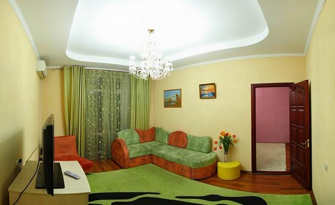 2-комнатная квартира посуточно в Николаеве. Центральный район, ул. Московская, 13. Фото 1