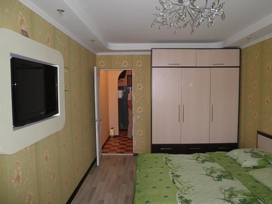 1-комнатная квартира посуточно в Алуште. пер. Иванова, 5а. Фото 1