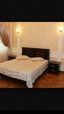 1-комнатная квартира посуточно в Одессе. Приморский район, Жуковского, 40. Фото 1