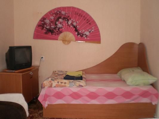 1-комнатная квартира посуточно в Виннице. Ленинский район, ул. Василия Порика, 1. Фото 1