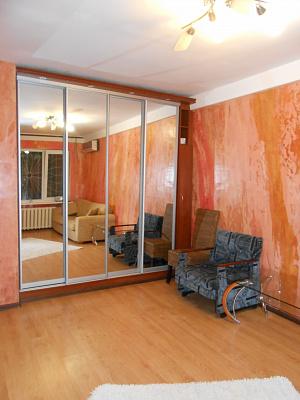 1-комнатная квартира посуточно в Севастополе. Гагаринский район, Юмашева, 16. Фото 1