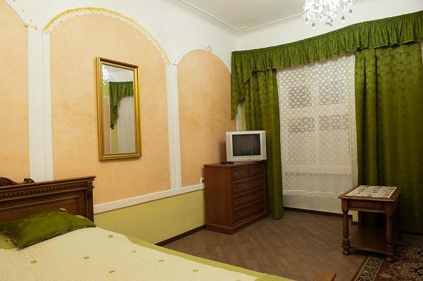 1-комнатная квартира посуточно в Львове. Галицкий район, ул. Валовая, 11. Фото 1