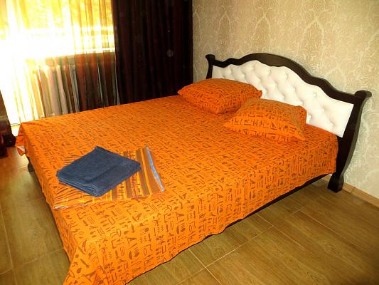 1-комнатная квартира посуточно в Симферополе. Киевский район, ул. Шполянской, 6. Фото 1