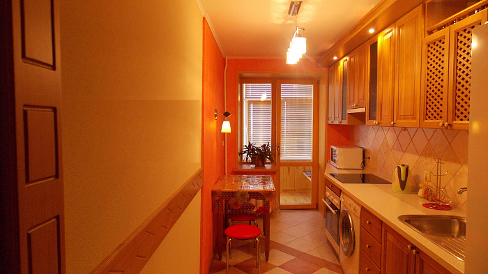1-комнатная квартира посуточно в Сумах. Заречный район, пр-т Михаила Лушпы, 12. Фото 1