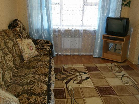 1-комнатная квартира посуточно в Макеевке. ул. Черемушки, 156. Фото 1