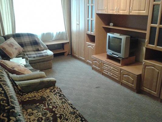 1-комнатная квартира посуточно в Ивано-Франковске. ул. Львовская, 7а. Фото 1