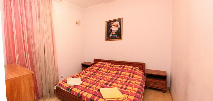 2-комнатная квартира посуточно в Одессе. Приморский район, Канатная, 26. Фото 1
