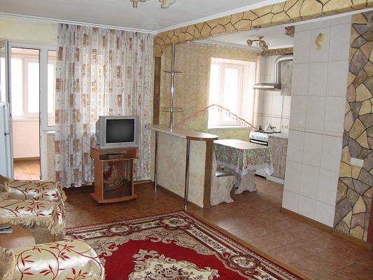 1-комнатная квартира посуточно в Одессе. Малиновский район, ул. Космонавтов, 26. Фото 1