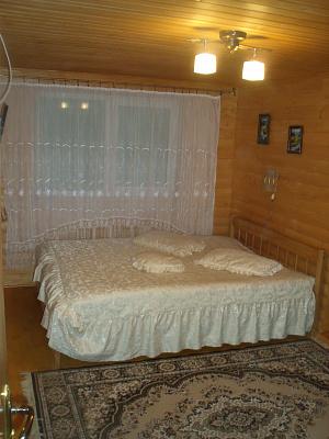Дом  посуточно в Межгорье. ул. Лозянская. Фото 1