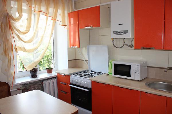 1-комнатная квартира посуточно в Ковеле. ул. Независимости, 55. Фото 1