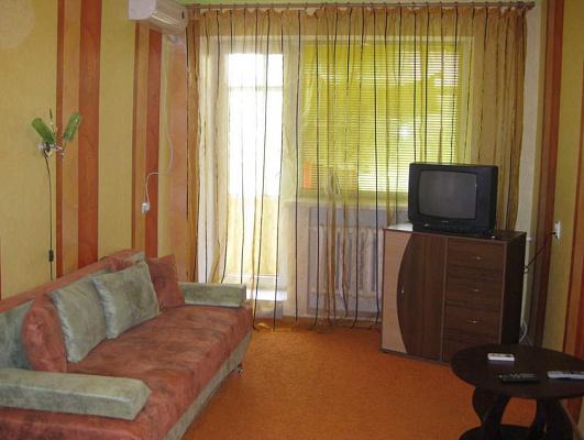 1-комнатная квартира посуточно в Коростене. Коротуна, 5. Фото 1