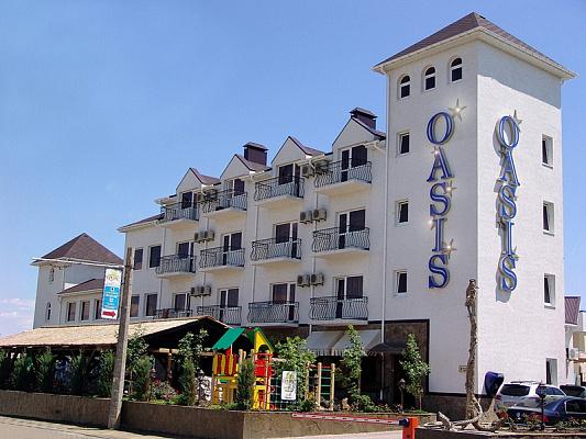 Мини-отель  посуточно в Евпатории. Симферопольская, 99 б. Фото 1