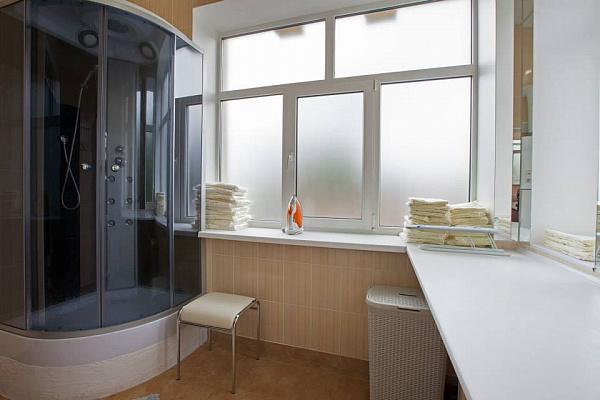 1-комнатная квартира посуточно в Одессе. Приморский район, Cтаросенная площадь, 2. Фото 1