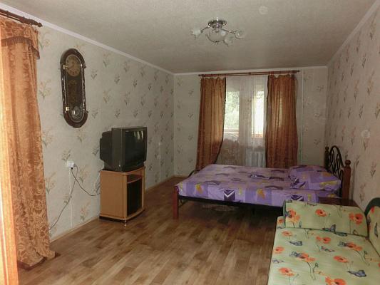 1-комнатная квартира посуточно в Партените. Фрунзенское шоссе, 13. Фото 1