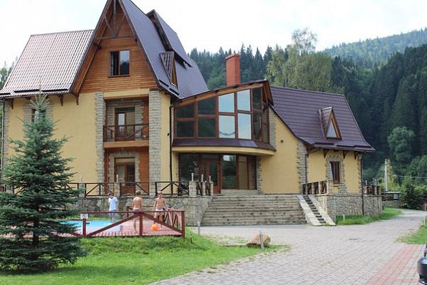 Мини-отель  посуточно в Татарове. ул. Шевченка, 680. Фото 1