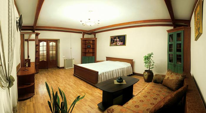 1-комнатная квартира посуточно в Львове. Галицкий район, пр-т Свободы, 7. Фото 1