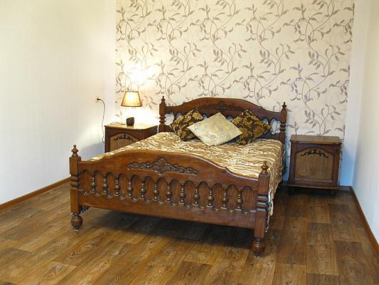 2-комнатная квартира посуточно в Николаеве. Центральный район, ул. 3-я Слободская, 26. Фото 1