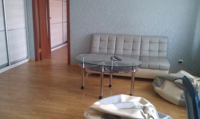 3-комнатная квартира посуточно в Запорожье. Орджоникидзевский район, б-р Центральный, 4. Фото 1