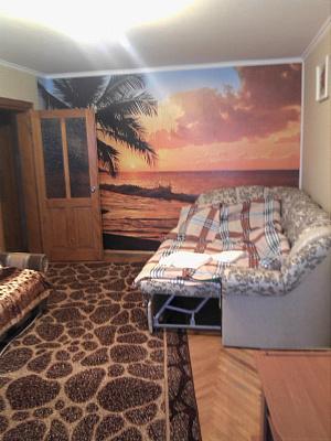 2-комнатная квартира посуточно в Львове. Сыховский район, ул. Полуботка, 19. Фото 1
