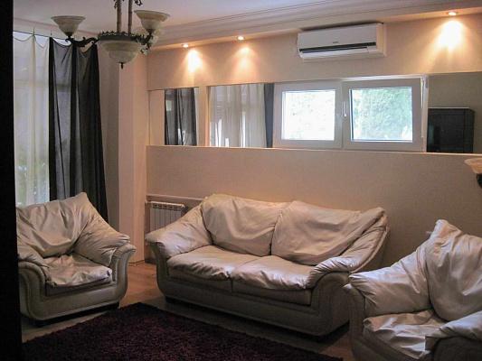 2-комнатная квартира посуточно в Партените. ул. Солнечная, 11. Фото 1