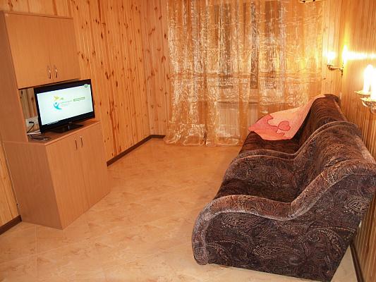 2-комнатная квартира посуточно в Киеве. Днепровский район, ул. Генерала Жмаченко, 16. Фото 1