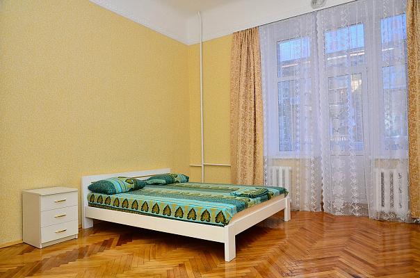 1-комнатная квартира посуточно в Сумах. Заречный район, ул. Петропавловская, 96. Фото 1