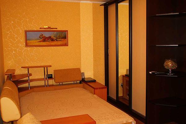 1-комнатная квартира посуточно в Феодосии. ул. Первушина, 36А. Фото 1
