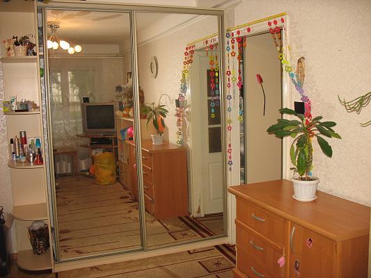2-комнатная квартира посуточно в Киеве. Соломенский район, Донца, 7. Фото 1