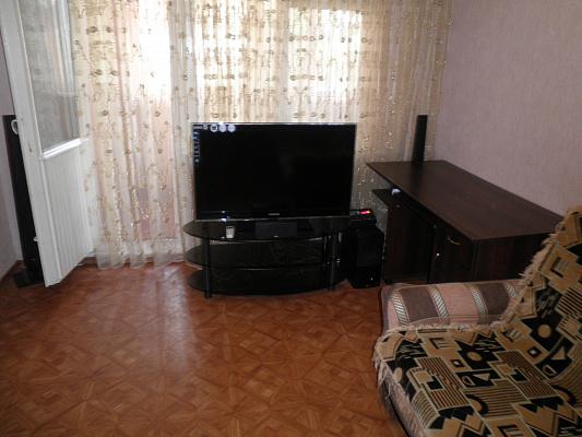 1-комнатная квартира посуточно в Алуште. ул. Ялтинская, 2. Фото 1