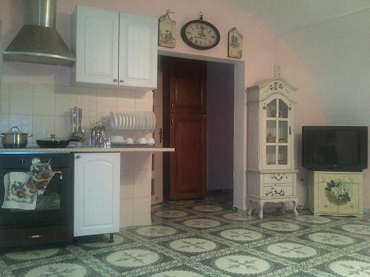 3-комнатная квартира посуточно в Одессе. Приморский район, Воронцовский переулок., 6. Фото 1
