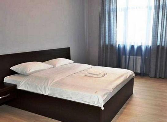 1-комнатная квартира посуточно в Луганске. Ленинский район, котельникова, 5. Фото 1