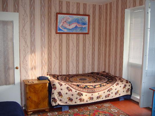 1-комнатная квартира посуточно в Киеве. Днепровский район, Радужная, 17. Фото 1
