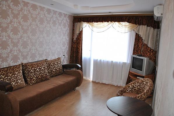 2-комнатная квартира посуточно в Судаке. ул. Гагарина, 6. Фото 1