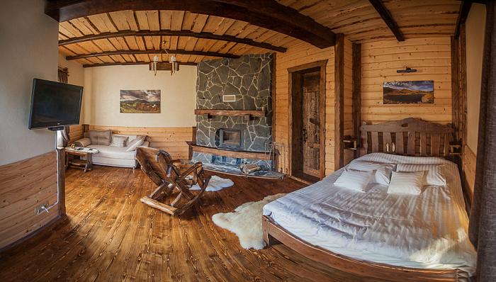 Мини-отель  посуточно в Яремче. г. Яремче район, ул. Партизанская, 57. Фото 1