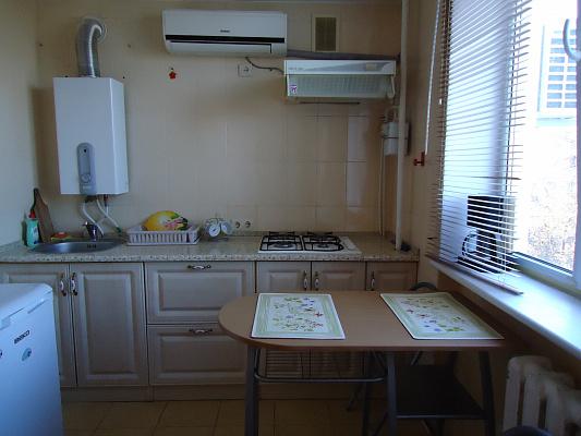 1-комнатная квартира посуточно в Севастополе. Ленинский район, Толстого А, 12. Фото 1