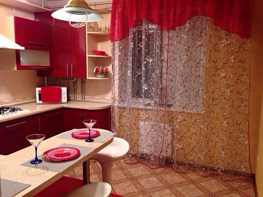 1-комнатная квартира посуточно в Новой Каховке. ул. Довженко, 25. Фото 1