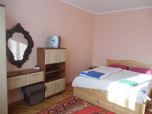 2-комнатная квартира посуточно в Трускавце. ул.Бориславская, 23. Фото 1
