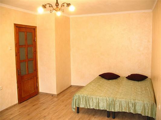 1-комнатная квартира посуточно в Севастополе. Гагаринский район, ул. Гагарина, 10. Фото 1