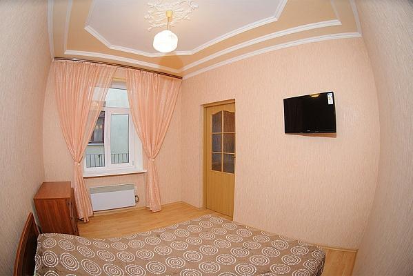 1-комнатная квартира посуточно в Львове. Галицкий район, ул. Староеврейская, 17. Фото 1