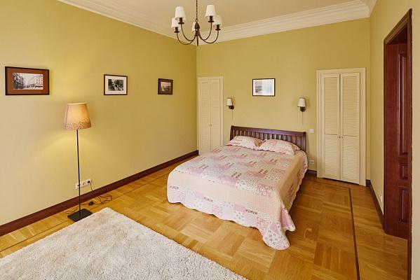 1-комнатная квартира посуточно в Львове. Галицкий район, ул. Городецкая, 117. Фото 1
