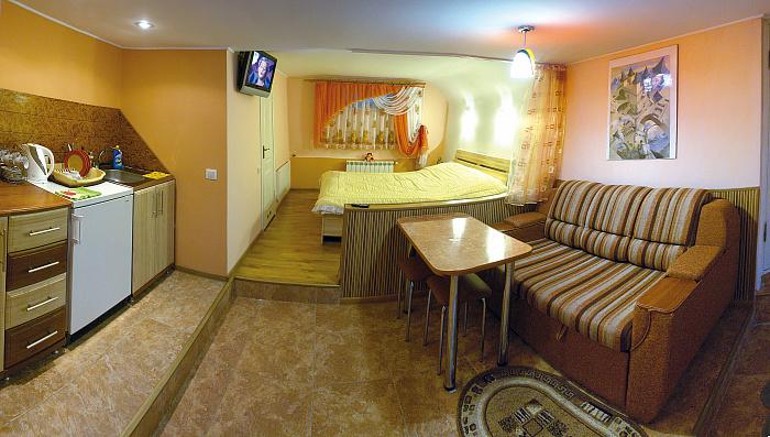 1-комнатная квартира посуточно в Трускавце. ул. Михаила Коцюбинского, 6. Фото 1