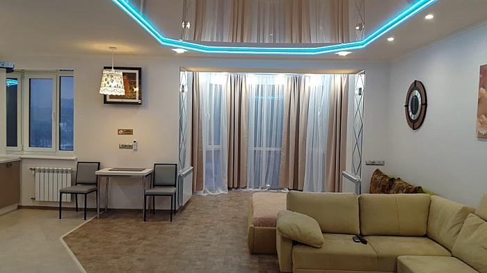 1-комнатная квартира посуточно в Киеве. Оболонский район, ул. Маршала Тимошенко, 29. Фото 1
