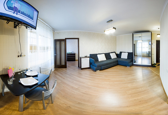 2-комнатная квартира посуточно в Харькове. Дзержинский район, пр-т Науки, 23. Фото 1