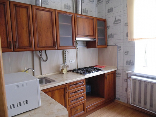2-комнатная квартира посуточно в Виннице. Замостянский район, ул. Тимирязева, 5. Фото 1