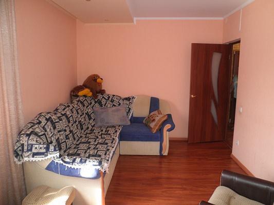 2-комнатная квартира посуточно в Алуште. ул. Красноармейская, 3. Фото 1