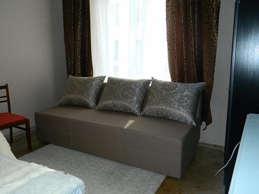 1-комнатная квартира посуточно в Львове. Железнодорожный район, ул. Братьев Михновских, 33. Фото 1