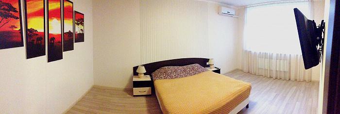 2-комнатная квартира посуточно в Киеве. Дарницкий район, пр-т М. Бажана, 8Б. Фото 1